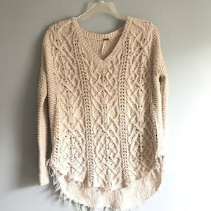 Ivory Cream Distressed V-Neck Sweater XS